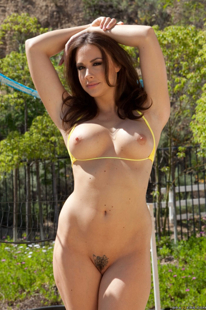 Chanel Preston Boobs